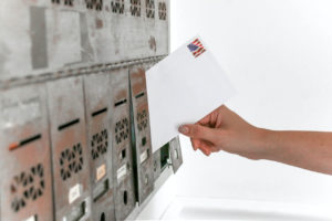 mailing notice in the mailbox enveloppe